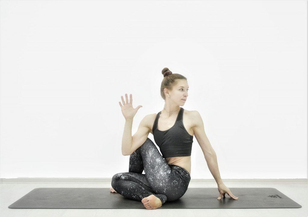 Детокс йога для похудения, очищения, омоложения. Скрутка сидя или Поза царя рыб